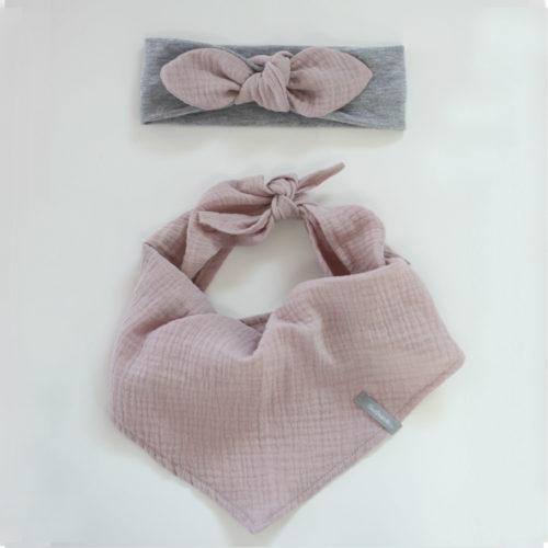 opaska szara i rozowa chusta